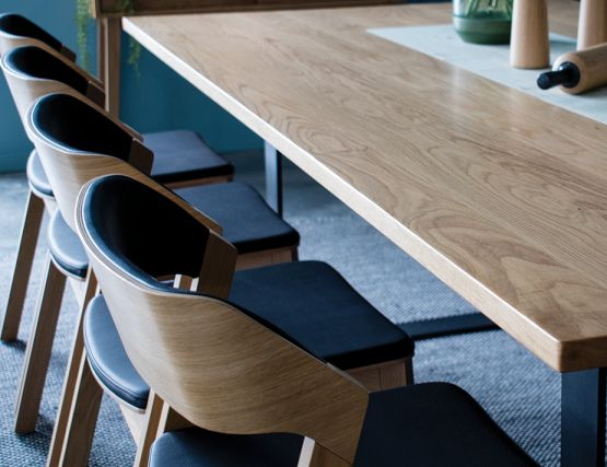 Odense_Oak_Table_Dining