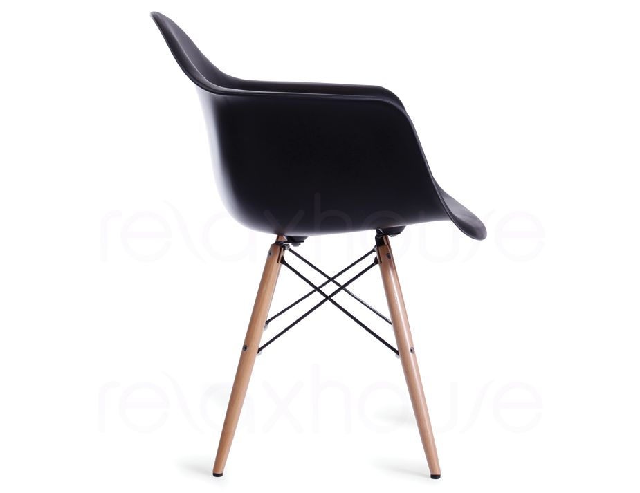 Eames armchair replica in black w wood legs for Eames plastic armchair daw replica