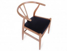 Wishbone Chair Beech Black Pad 6