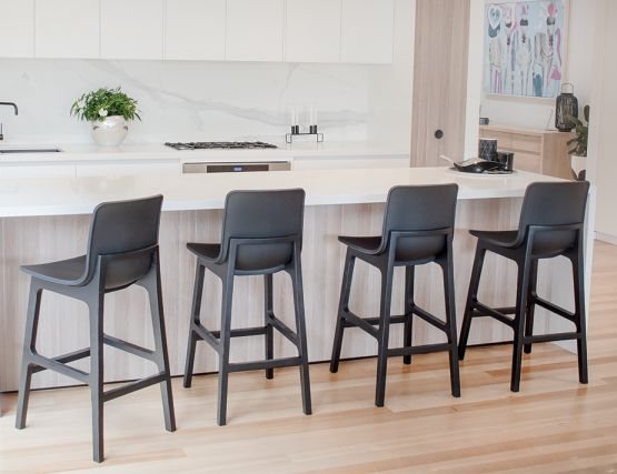 Ara_Bar_Stool_Black