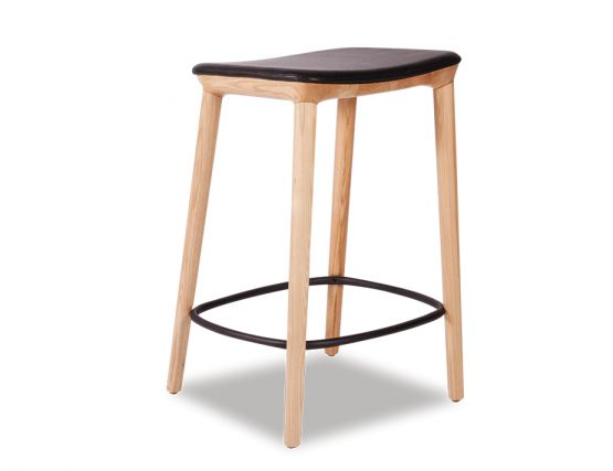 Romy Bar Stool Natural American With Matt Black Footrest