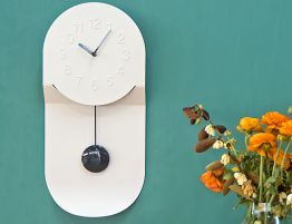 Felix_Wall_clock_metal